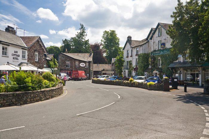 1200px-Grasmere_2,_Cumbria_-_June_2009